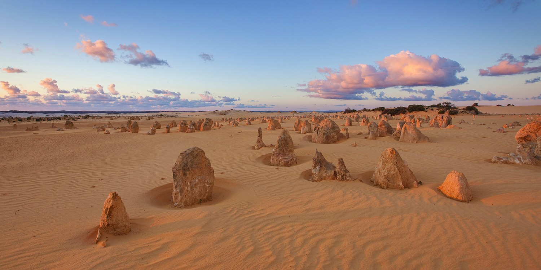 pinnacles-desert-cervantes-western-australia-rob-dose-02