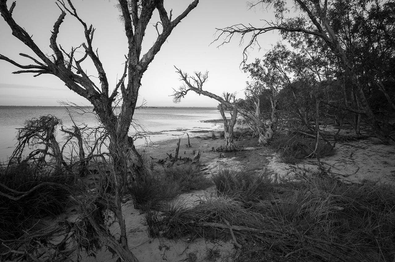 Mandurah_estuary_monochrome_landscape_photography_14