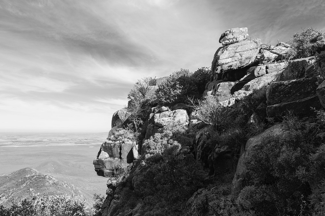 5126_stirling_ranges_national_park_monochrome_toolbrunup_peak
