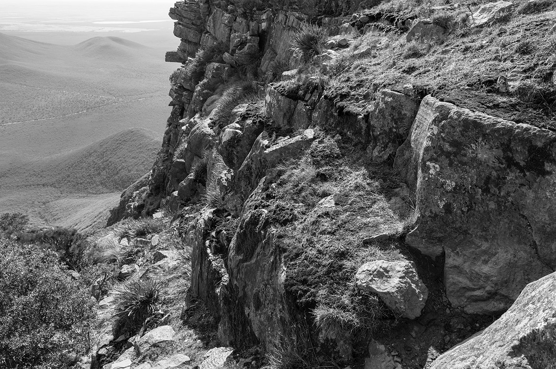 5327_stirling_ranges_national_park_monochrome_toolbrunup_peak