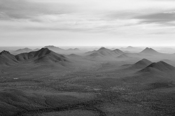 5734_stirling_ranges_national_park_monochrome_toolbrunup_peak
