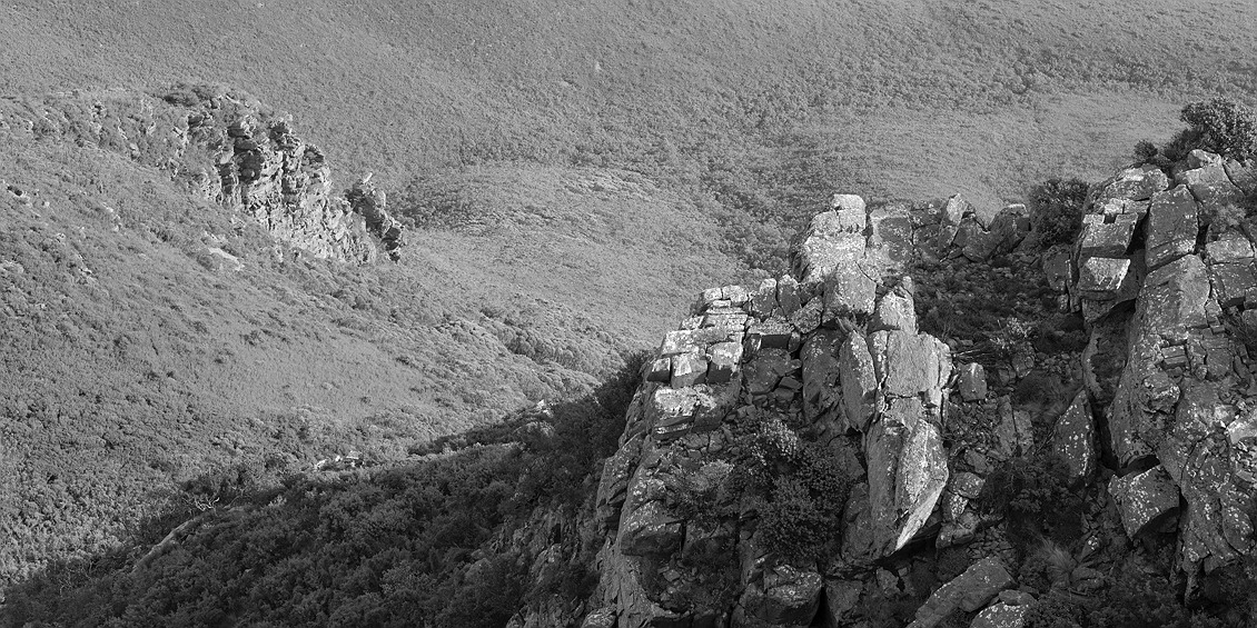 9749_stirling_ranges_national_park_monochrome_toolbrunup_peak