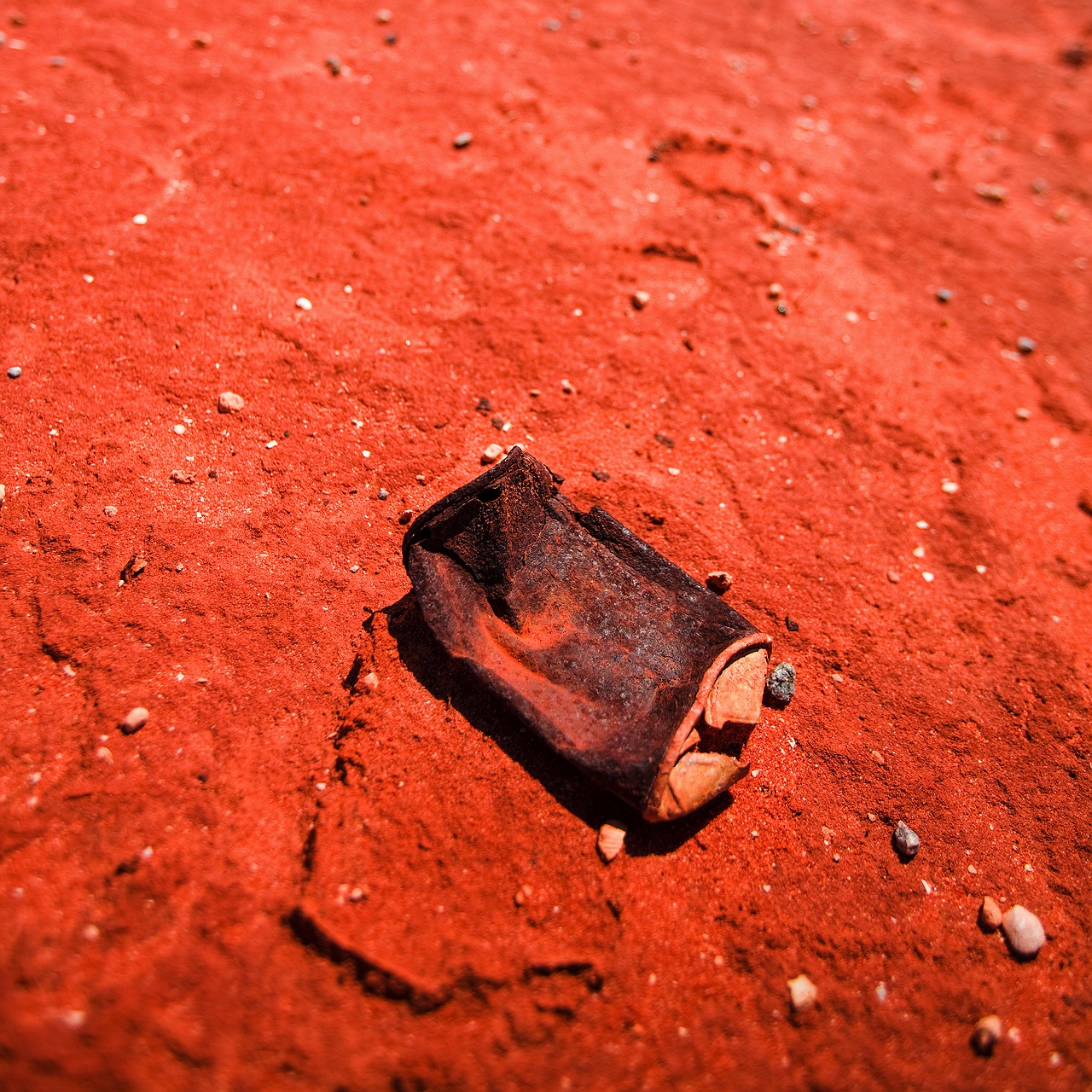 western_australia_iron_rich_red_dirt_outback_3