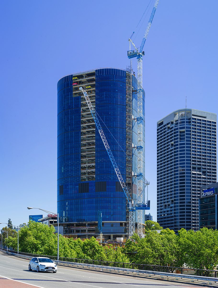 capital-square-perth-city-construction-freeway