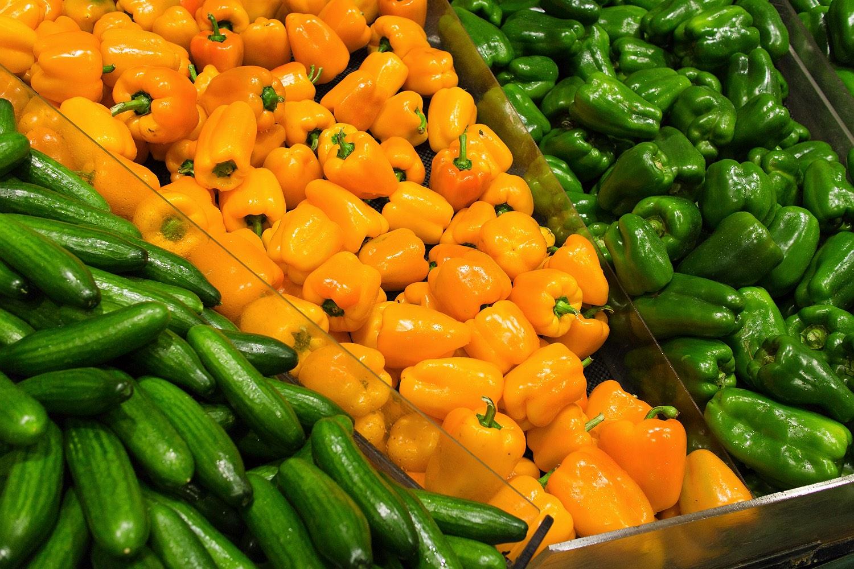13_bunbury-farmers-market-rob-dose-capsicum