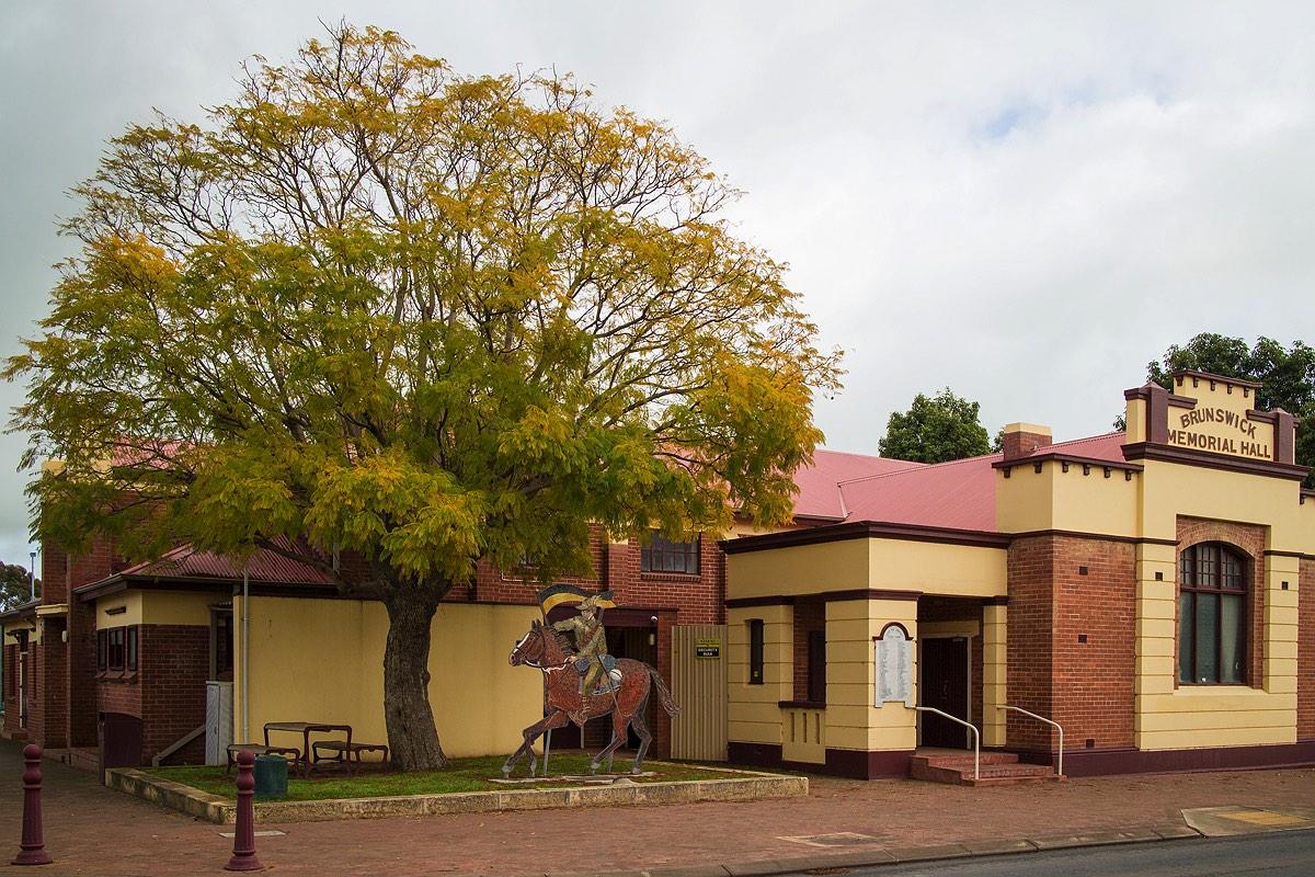 12_brunswick-town-center-western-australia