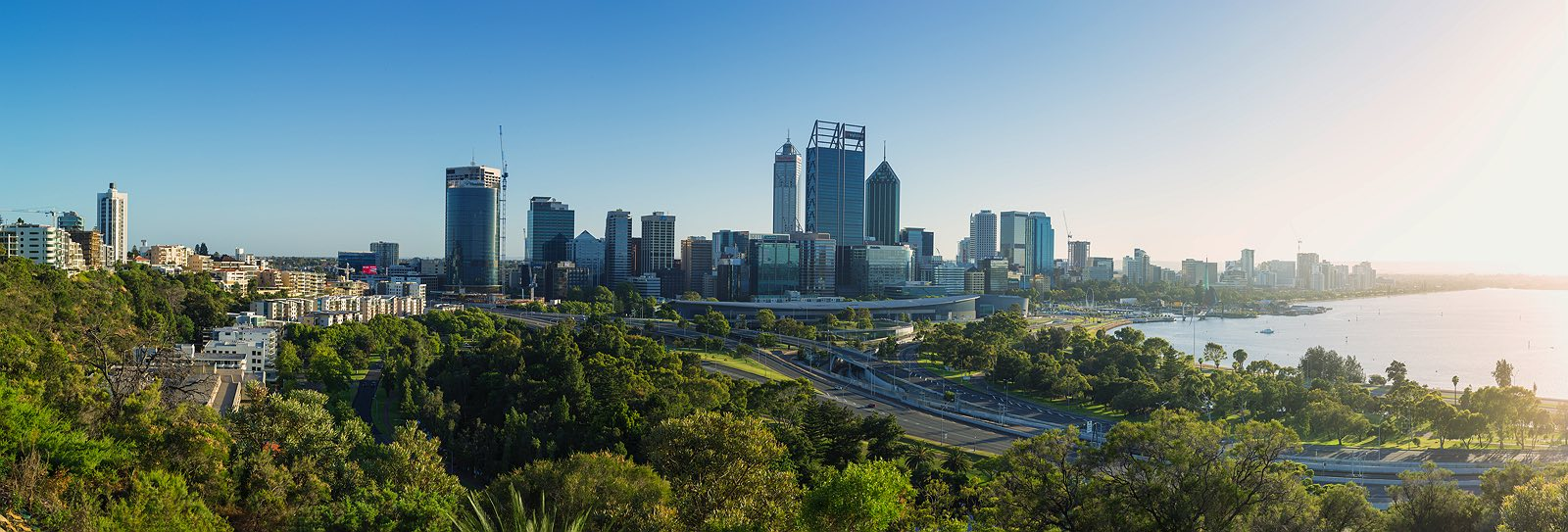 perth-cityscape-skyline-kings-park-dawn-2017