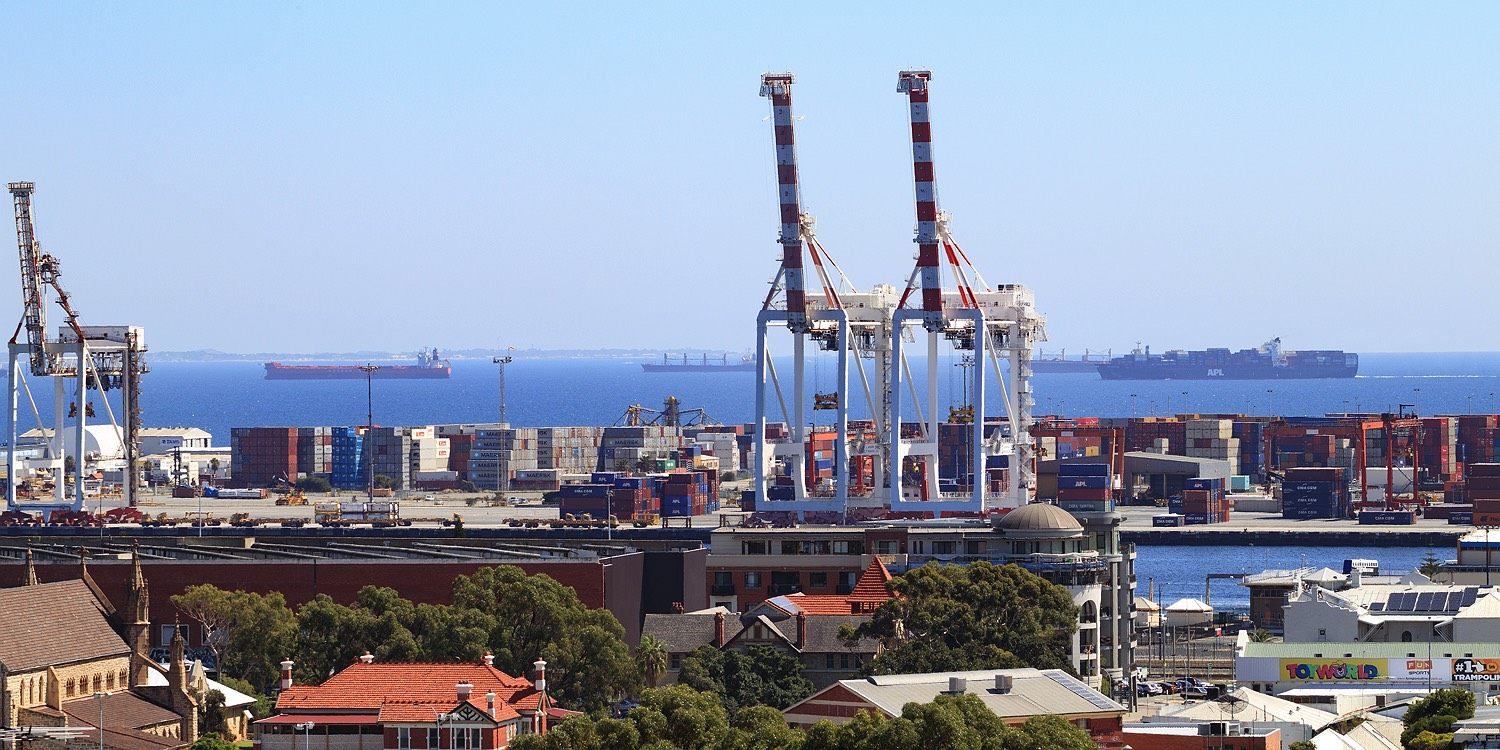 fremantle-cranes-from-monument-hill